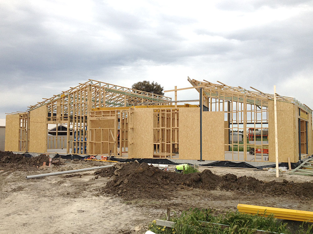 keith_timber_trusses_on_site
